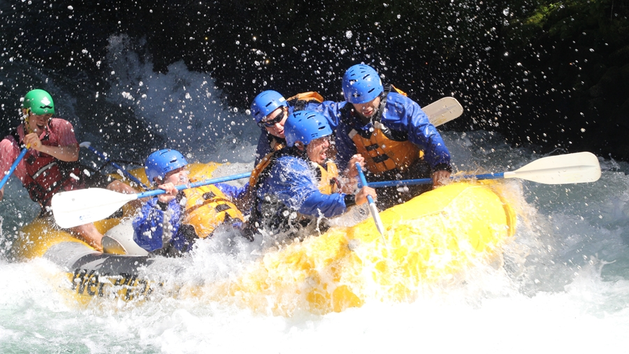 Pekalen River Rafting